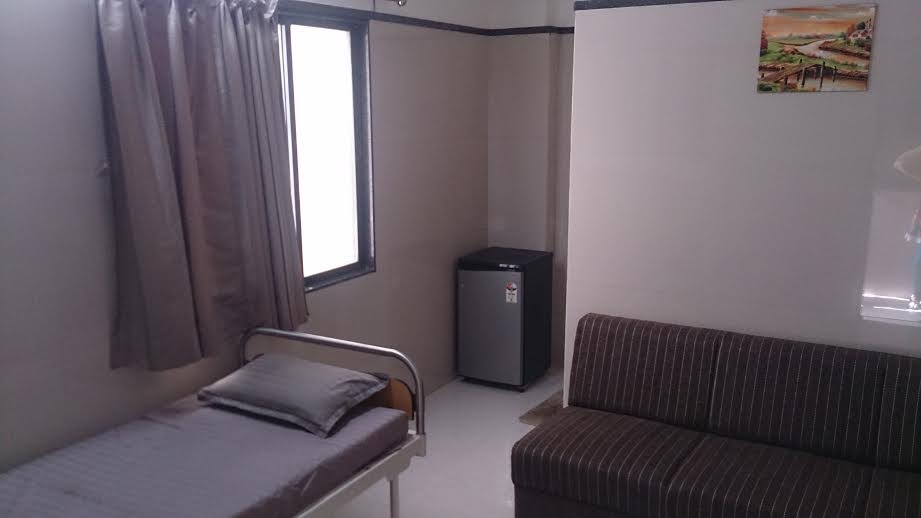 Patient rooms in Mothercare hospital, Surat