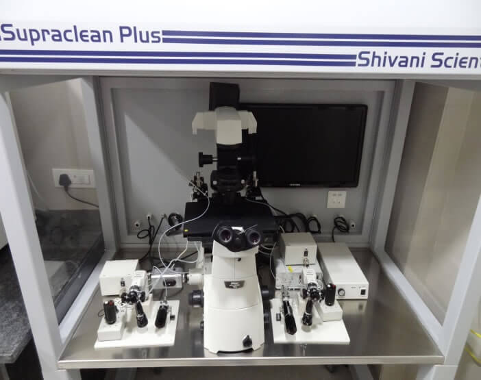 High-tech machinery at Mothercare IVF, Surat